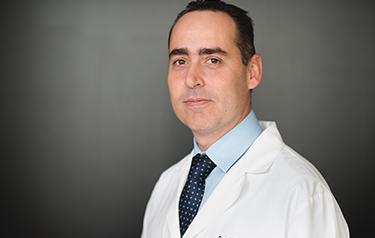 Dr. Julian Schvartzberg